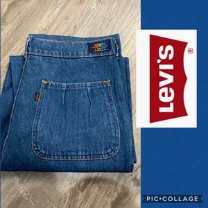 VTG rare rainbow Levi's jeans 34 X 32 pleaded